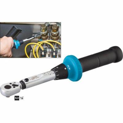 Динамометрический ключ с реверсивной трещоткой